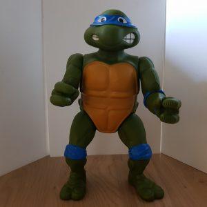 Giant Leonardo